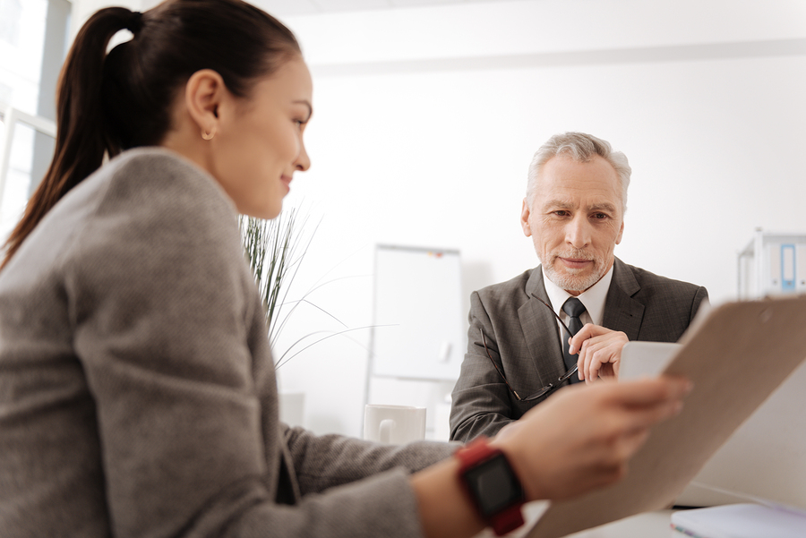 The Benefits of Hiring a Legal Translator